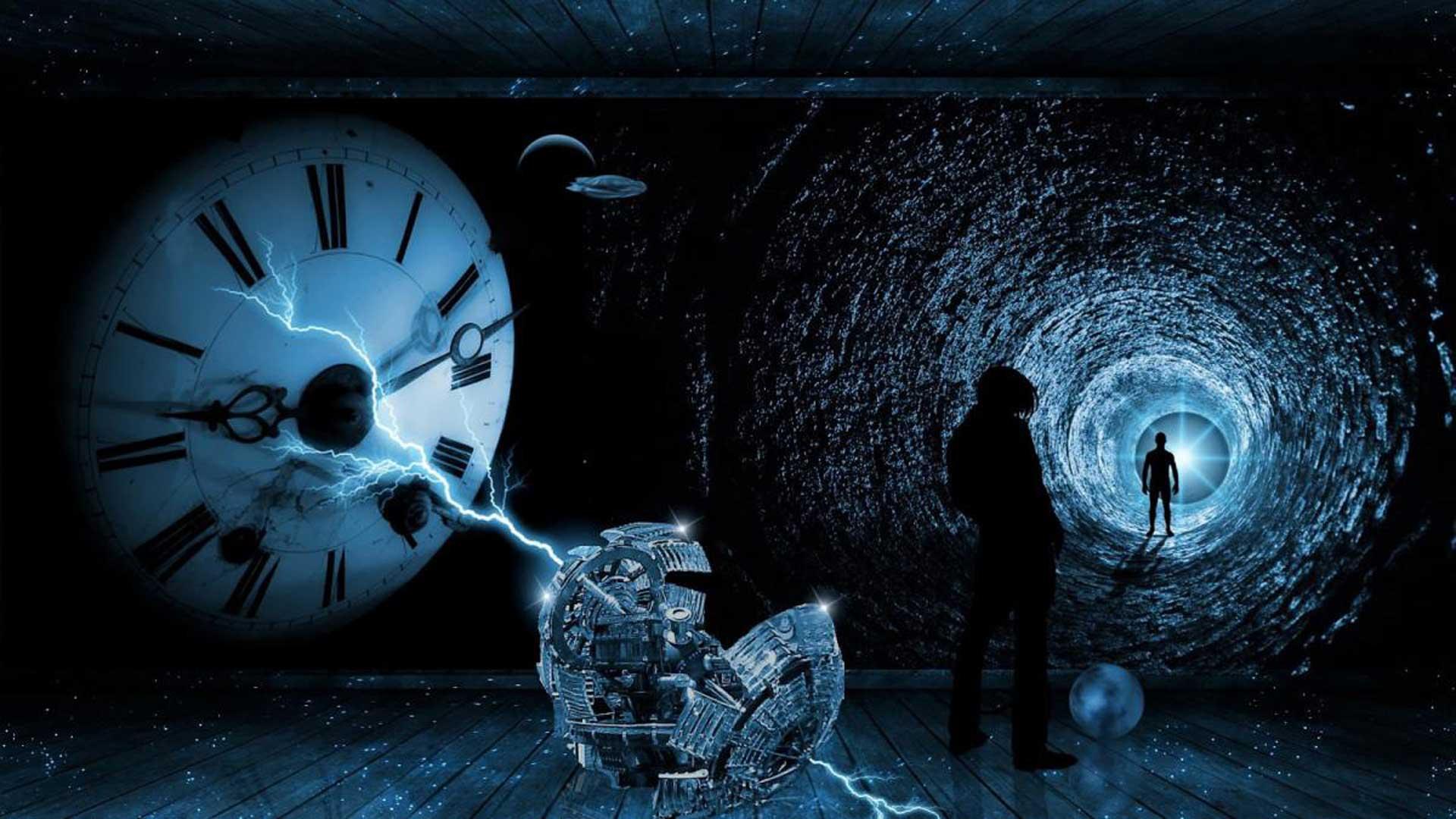 BIZARRO – Dos hombres del futuro se encuentran en nuestro presente