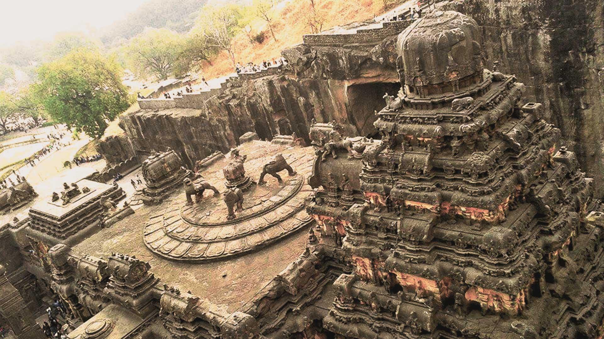 Este templo fue tallado en una sola roca. ¡Nadie sabe cómo lo hicieron los constructores!