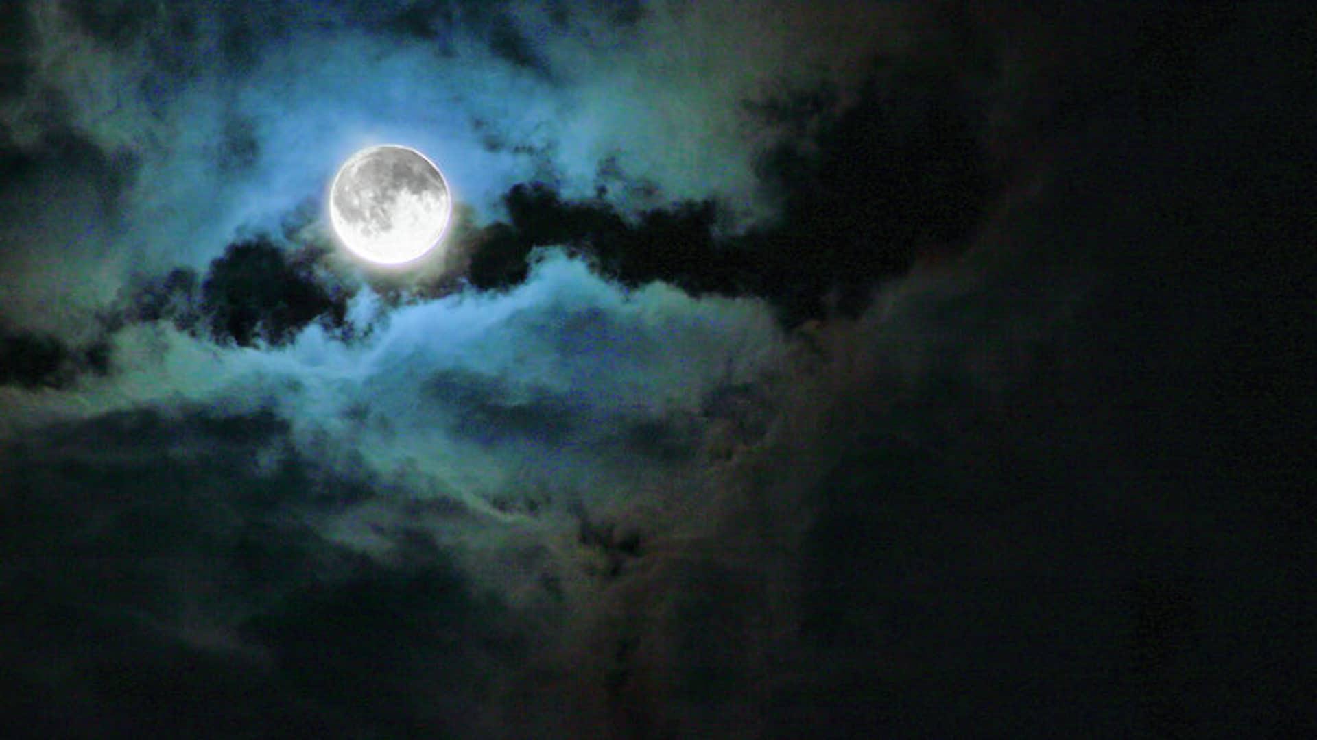 Lista de hechos realmente extraños de la Luna que seguro no sabías