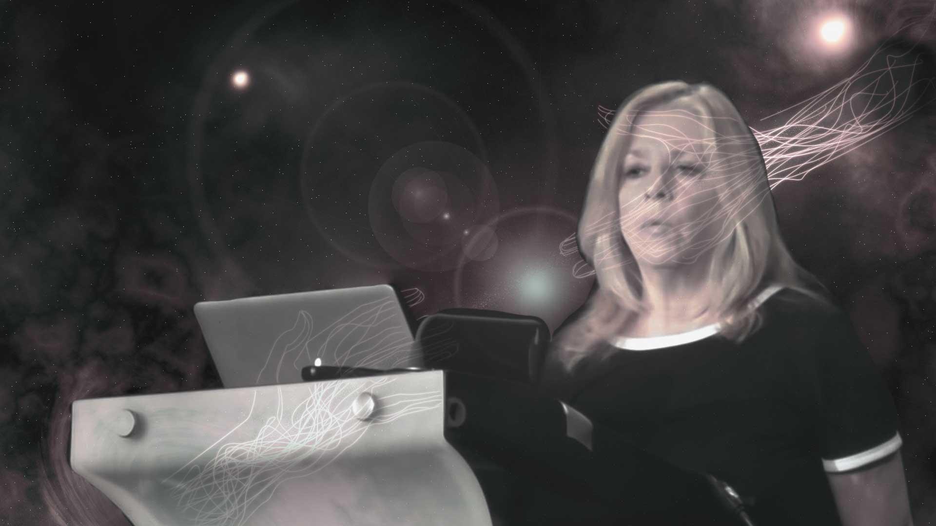 Eminencia en teorías de la conspiración Kerry Cassidy: «somos la creación de 12 razas de alienígenas»