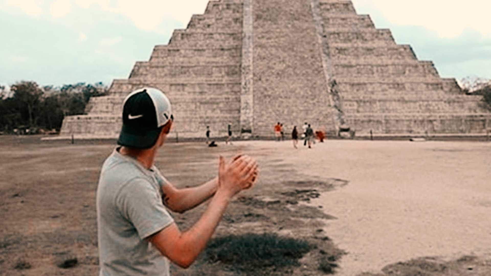 Aplaudir frente a la pirámide de Kukulkan revela un sonido que hasta ahora nadie sabía que existía