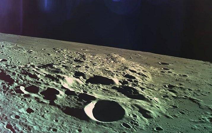 Explorando un extraño satélite: feroces discusiones de científicos soviéticos sobre el propósito de la luna