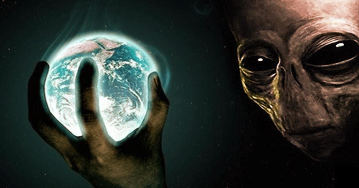 «Los humanos son simplemente contenedores extraterrestres», dijo el científico que vio los ovnis en el Área 51 (video)