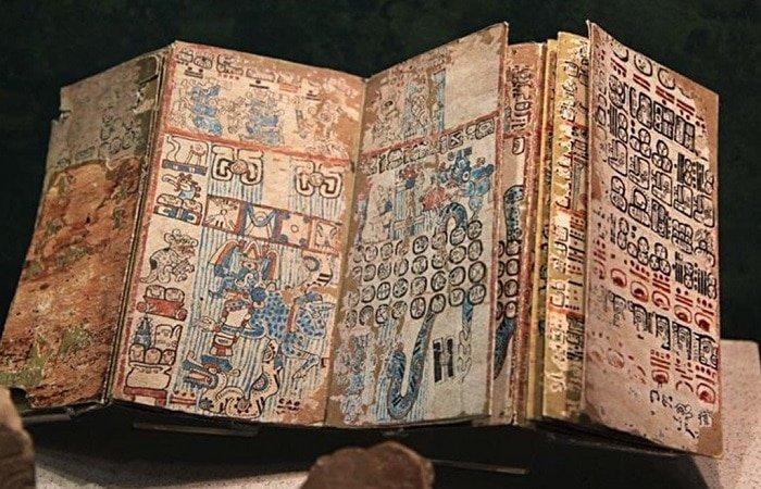 Que secretos de la reina maya fueron descubiertos por una nueva decodificación de documentos antiguos