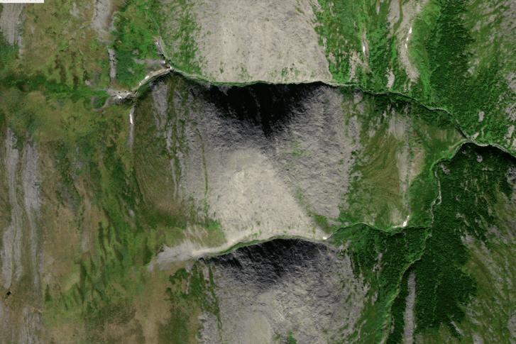 Se descubrió una pirámide gigante en los Urales