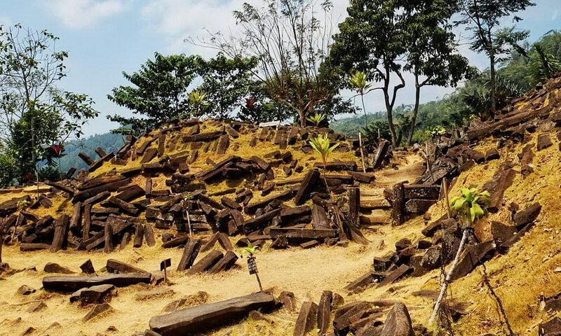 Gunung Padang, quien construyó la estructura más antigua de la Tierra 3