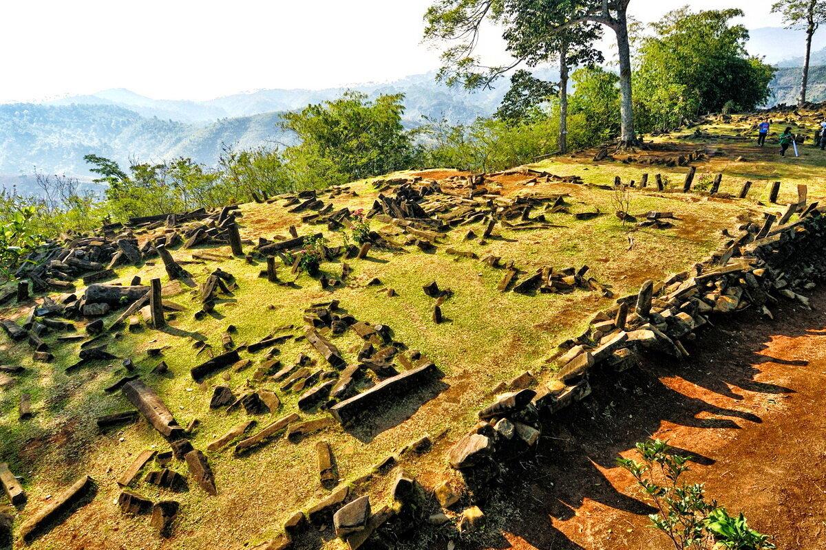 El diseño de las terrazas de Gunung Padang es similar al de Machu Picchu en Perú